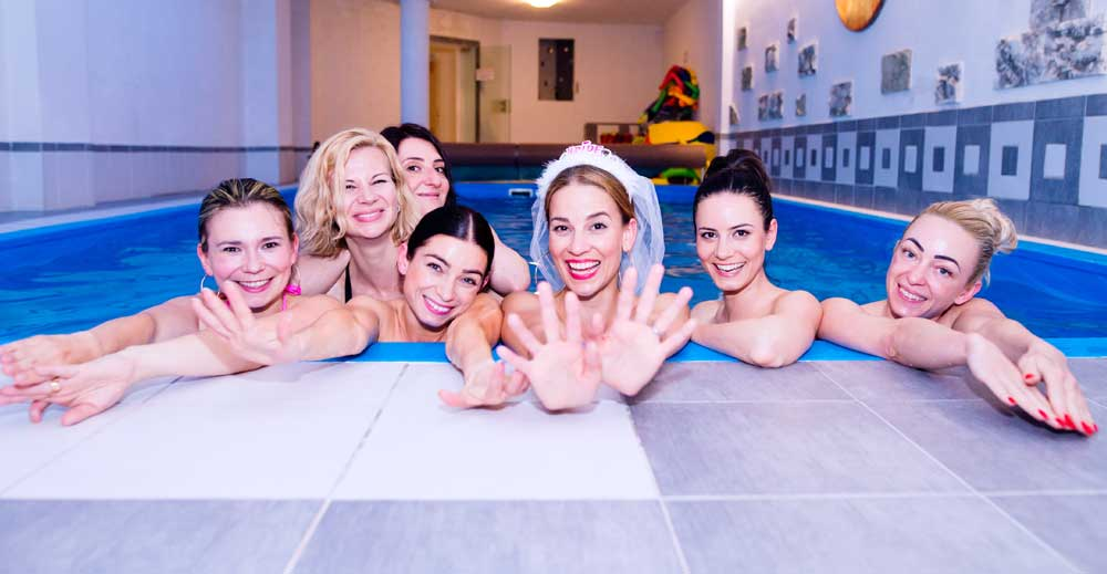 Guide to Planning a Bachelorette Party Getaway…. Without Going Crazy.