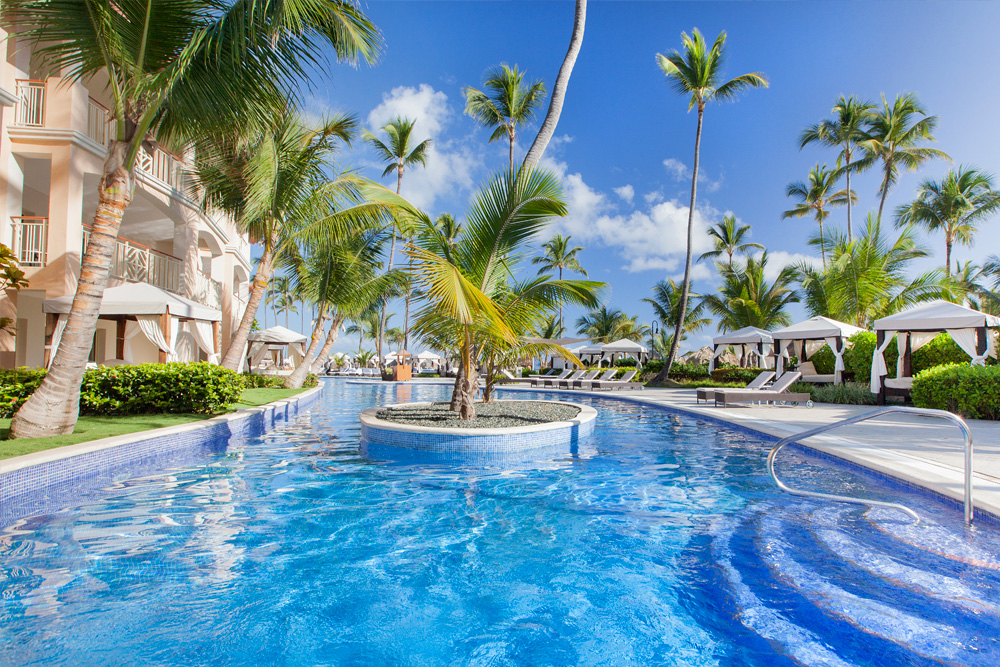 What is the difference between Majestic Colonial, Majestic Elegance and the Majestic Mirage in Punta Cana?